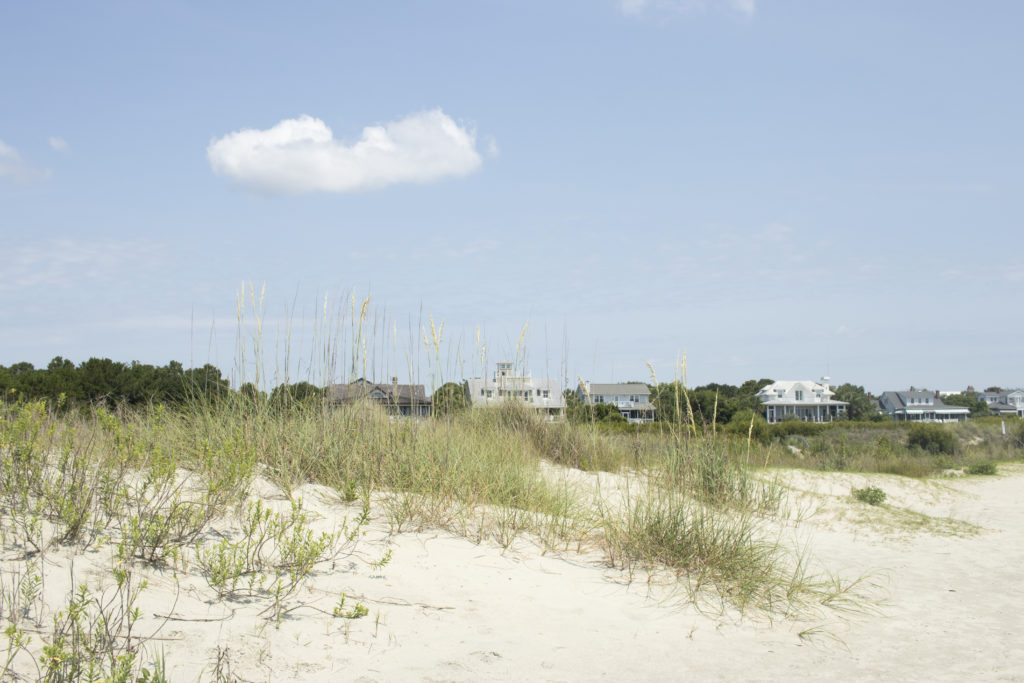 Beach houses in Charleston, to be seen on a Charleston three-day itinerary